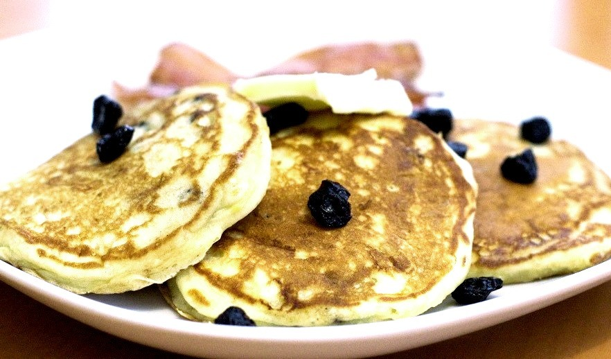 Blueberry Lemon Pancakes (by erincooks)