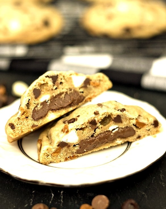 Recipe: Nutella Filled Everything Cookies
