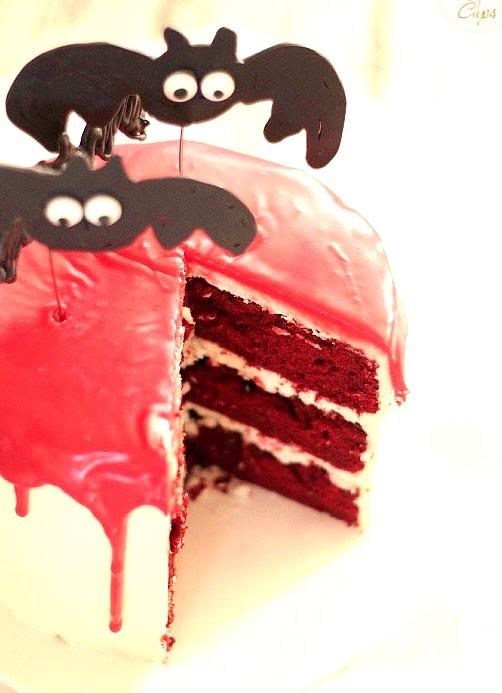 vampire bat cake.